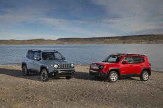 2015 Jeep Renegade Trailhawk and Latitude Models | by FCA: Corporate
