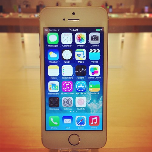 iPhone 5S is here. Your welcome. #iphone5s #apple #ilovegold | by harry525