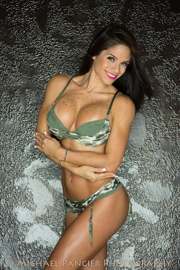 bikini lewin of michelle Sexy pics