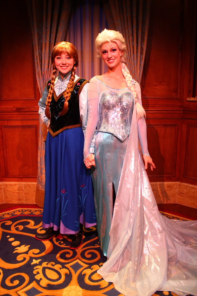 Frozen anna and elsa at magic kingdom meet and greet flickr anna and elsa at magic kingdom meet and greet by insidethemagic m4hsunfo