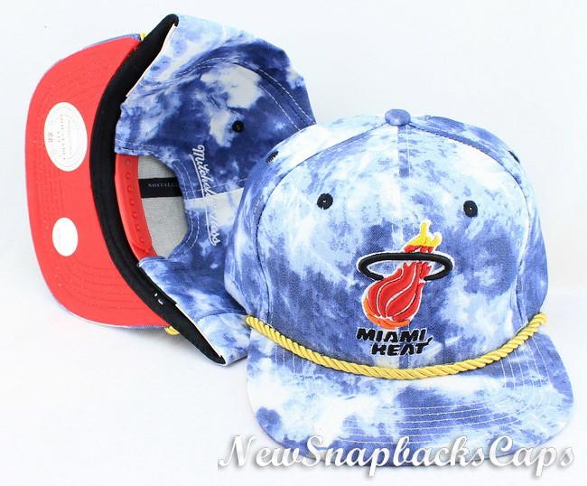 ... newyorkknickssnapbackmitchel Acid Wash Denim Snapback Miami Heat  Mitchell Ness Hats Caps NBA  95e1dc74ec15