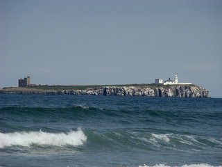 148 Farne Islands vanaf strand bij Bamburgh