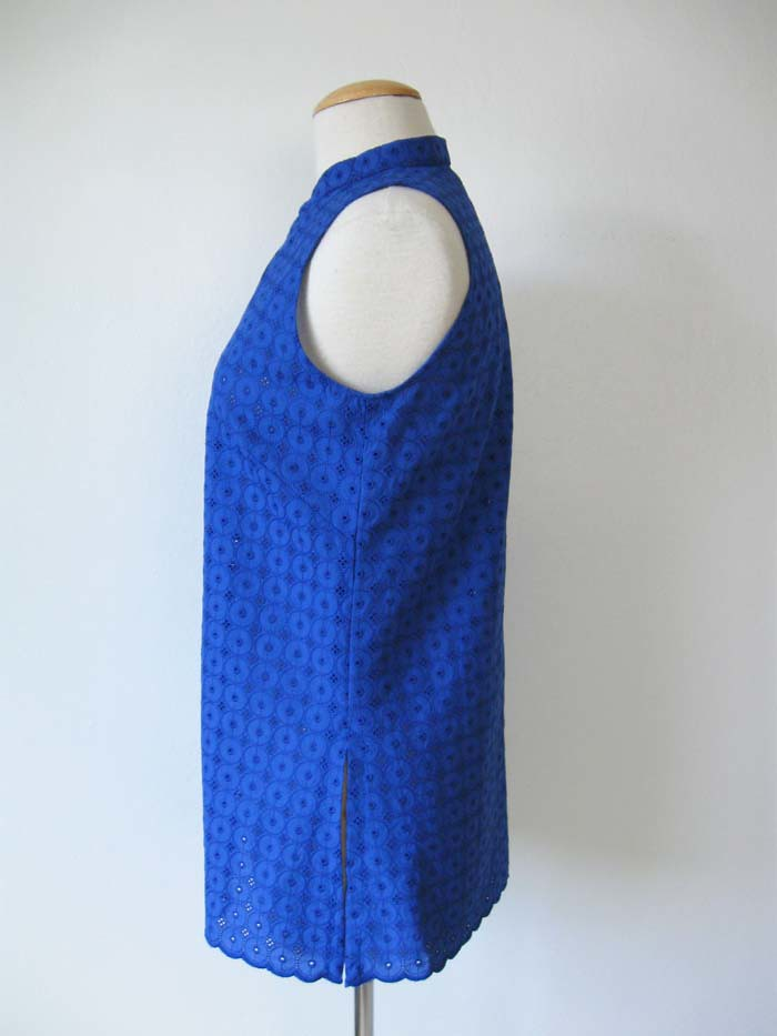 blue eyelet side view