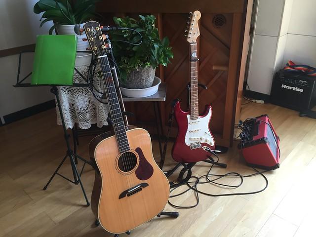 私の武器-ナイフではなくギター