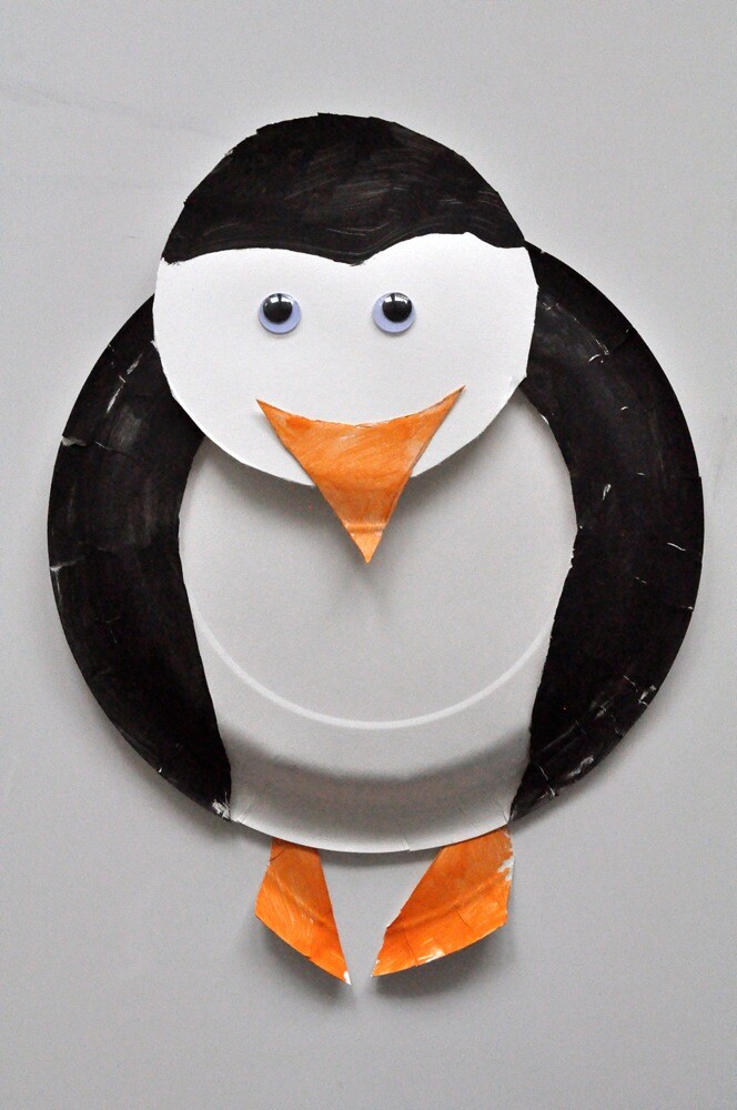 ... SortingSprinkles Penguin paper plate craft | by SortingSprinkles : penguin paper plates - pezcame.com