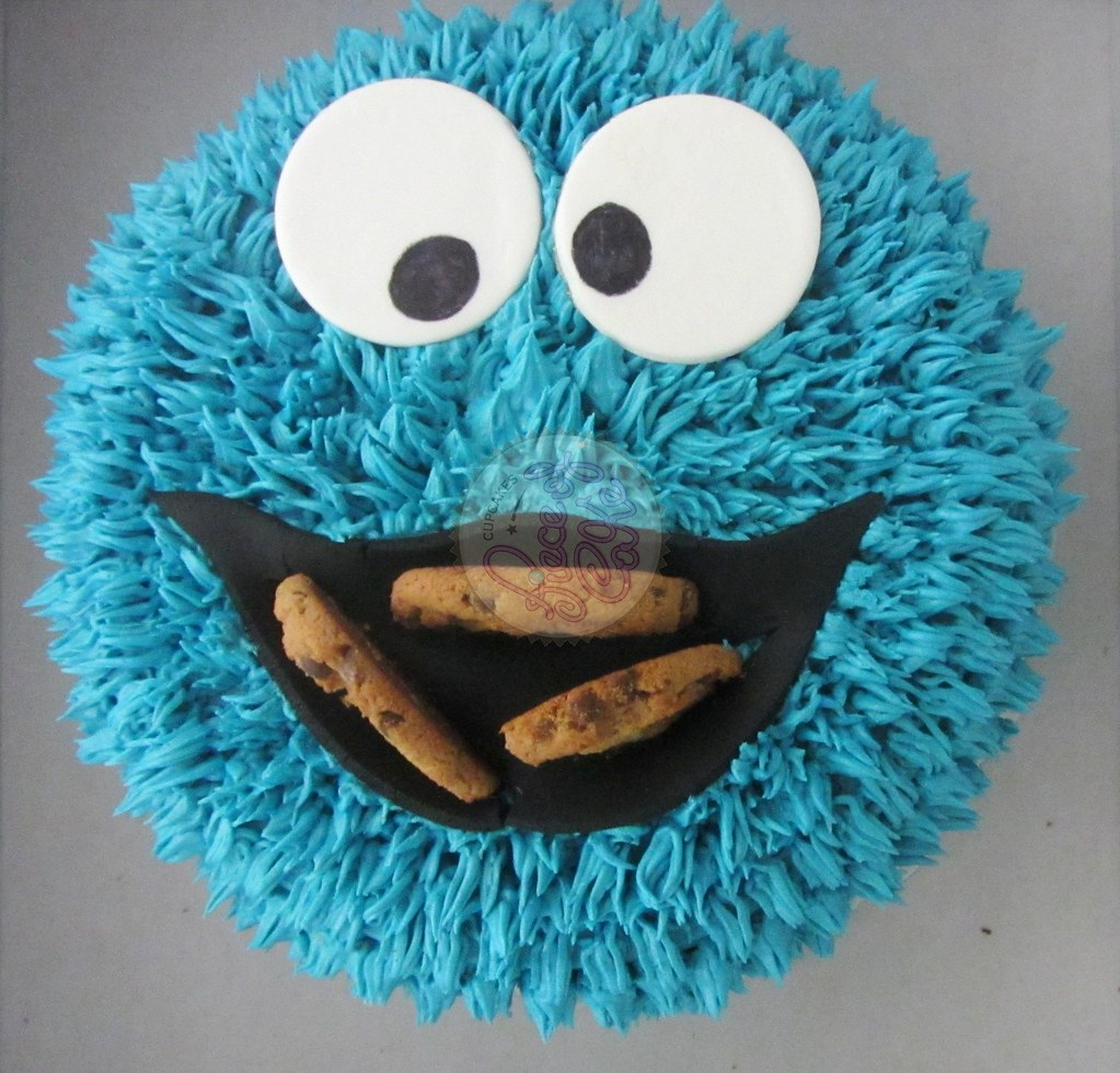 Torta cookie monster piece of cake cupcakes flickr torta cookie monster by piece of cake cupcakes voltagebd Images