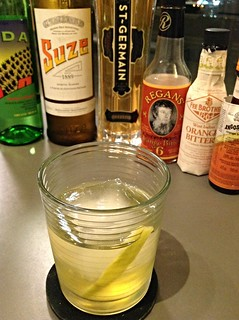 Terrible Love (Phil Ward) with Del Maguey Vida mezcal, Suze, St Germain, orange bitters | by *FrogPrincesse*
