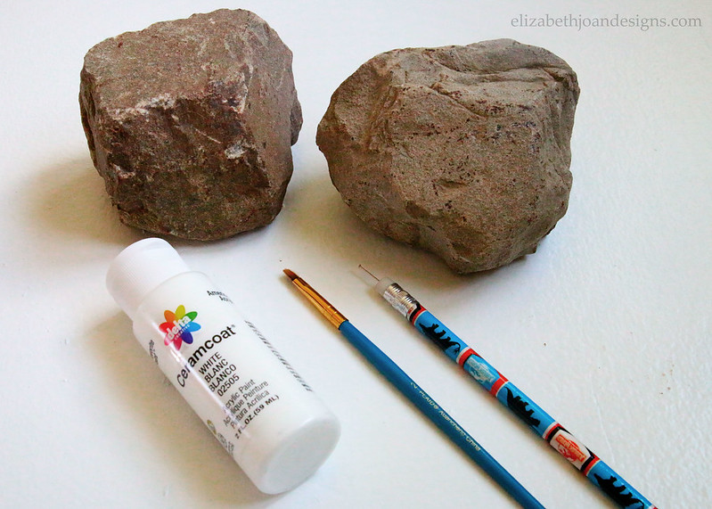 Fieldstone Paint Craft to make Bookends
