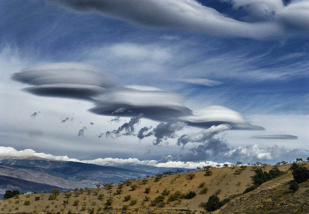 Lenticular clouds in the Alpujarras