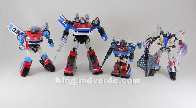 Transformers Smokescreen - Masterpiece - modo robot vs otros Smokescreen