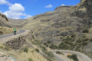 Climbing to Abra Chonta | by Pikes On Bikes