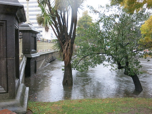 Flooded avon river on cambridge terrace wednesday 5 for 2115 east river terrace