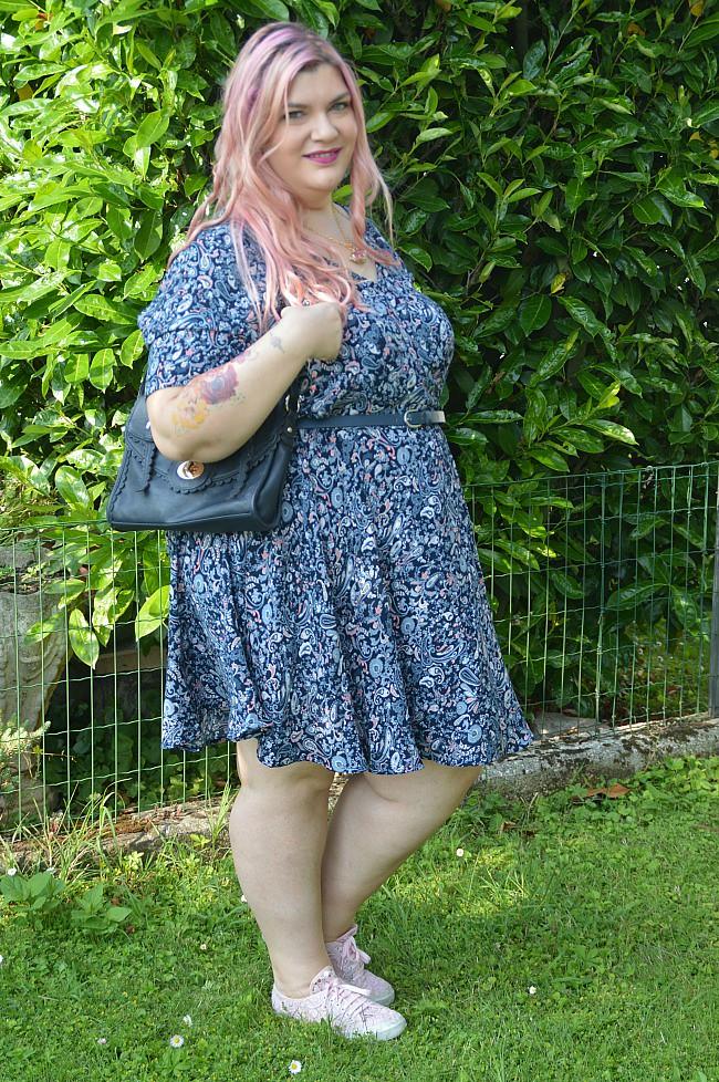 Outfit floreale blu e rosa (2)