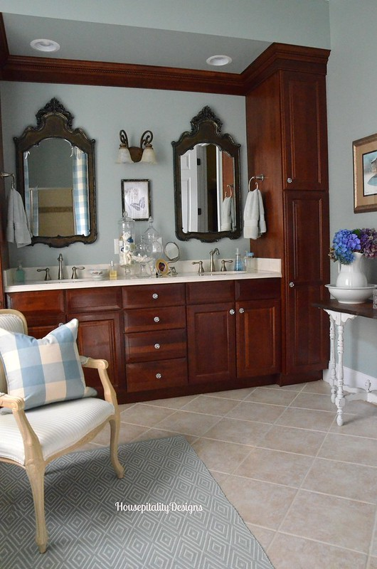 Master Bath - Housepitality Designs