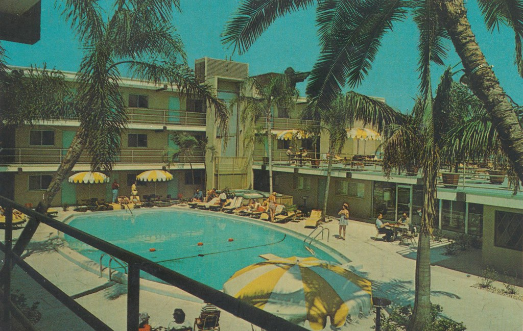 Bilmar Beach Motel - St. Petersburg, Florida