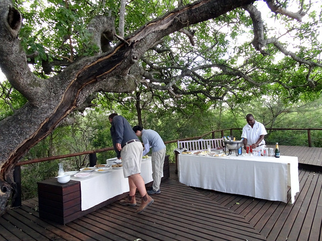 Lion Sands Safari Day 3- Breakfast at Inkwazi Hide-002