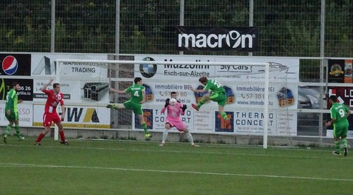 FC Déifferdeng 1:1 Cliftonville FC