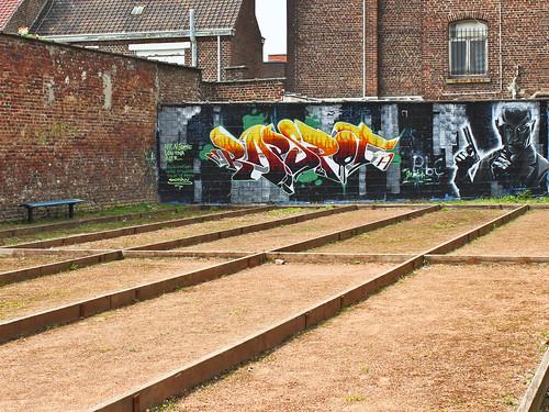 Lille, quartier du Bois Blanc  artiste ? Lille juin 201 u2026 @necDOT Flickr # Quartier Bois Blanc Lille