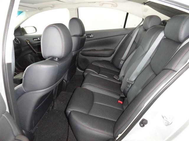 ... 2013 Nissan Maxima Interior Seating Broken Arrow, OK   By NelsonNissan