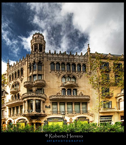 Paseo de gracia barcelona view awards count roberto - Roberto herrero ...