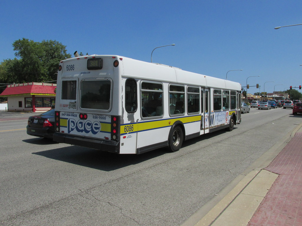 eastbound pace bus on west 95th street. evergreen park ill…   flickr