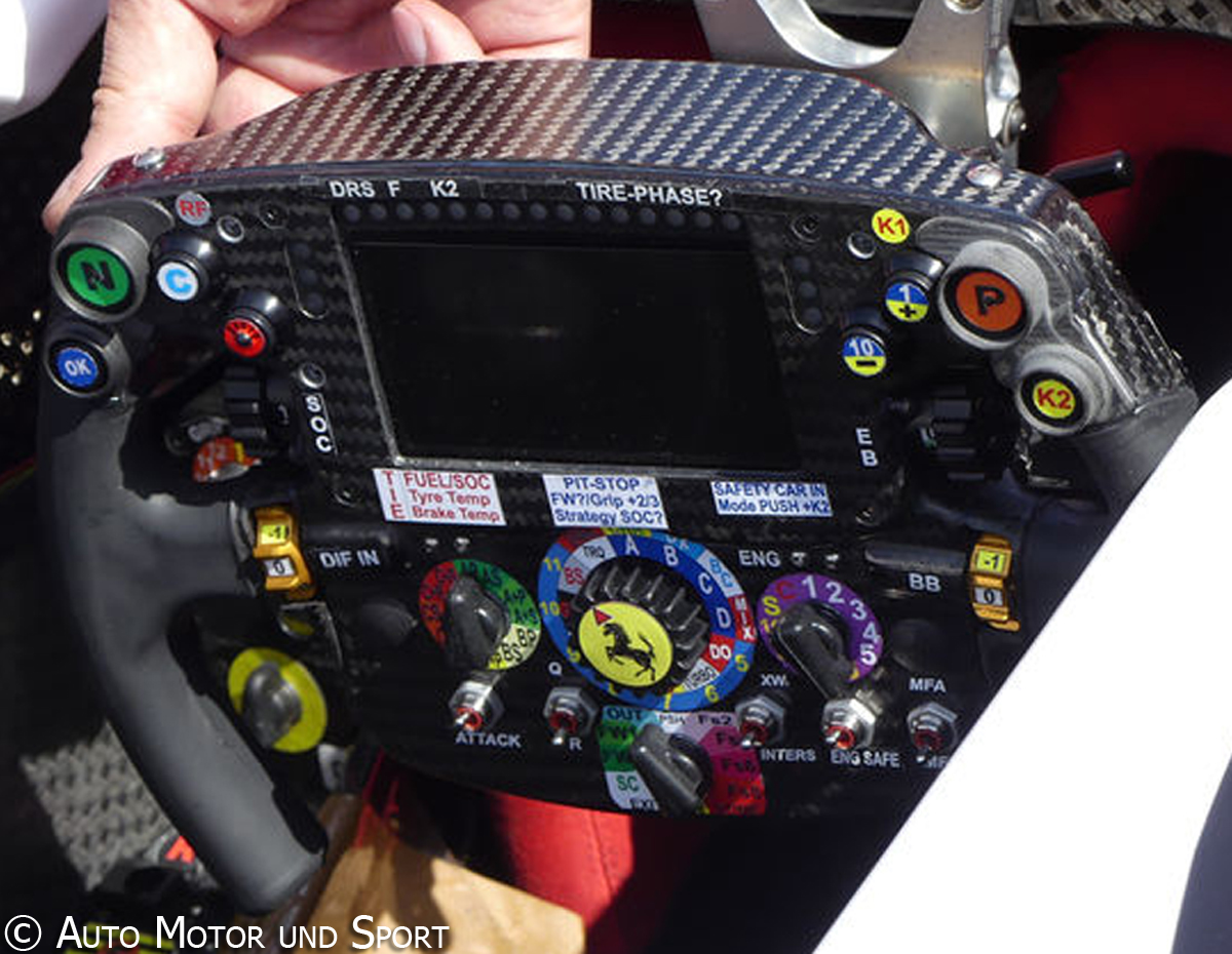 sf16-h-steering-wheel(3)