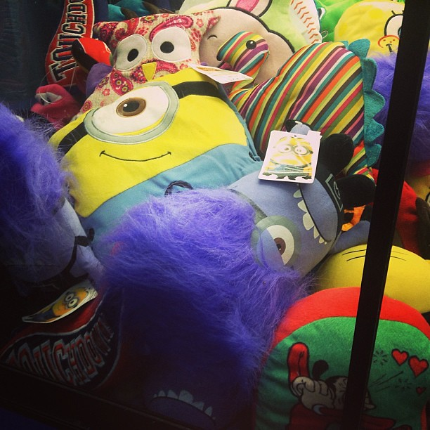 Claw Machine Plush From Despicable Me 2 At Walmart Only P Flickr