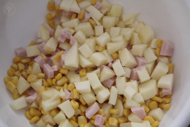 Ensalada de pechuga de pavo, manzana, maíz y yogur www.cocinandoentreolivos.com (6)