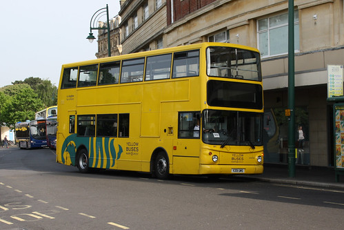 Yellow Buses 281 X201UMS
