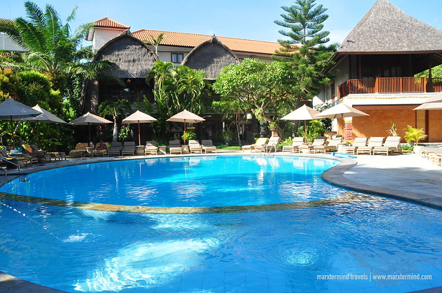 Ramayana Resort & Spa Outdoor Pool
