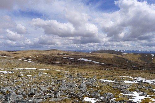 Towards A' Chailleach and Carn Sgùlain | by Nick Bramhall