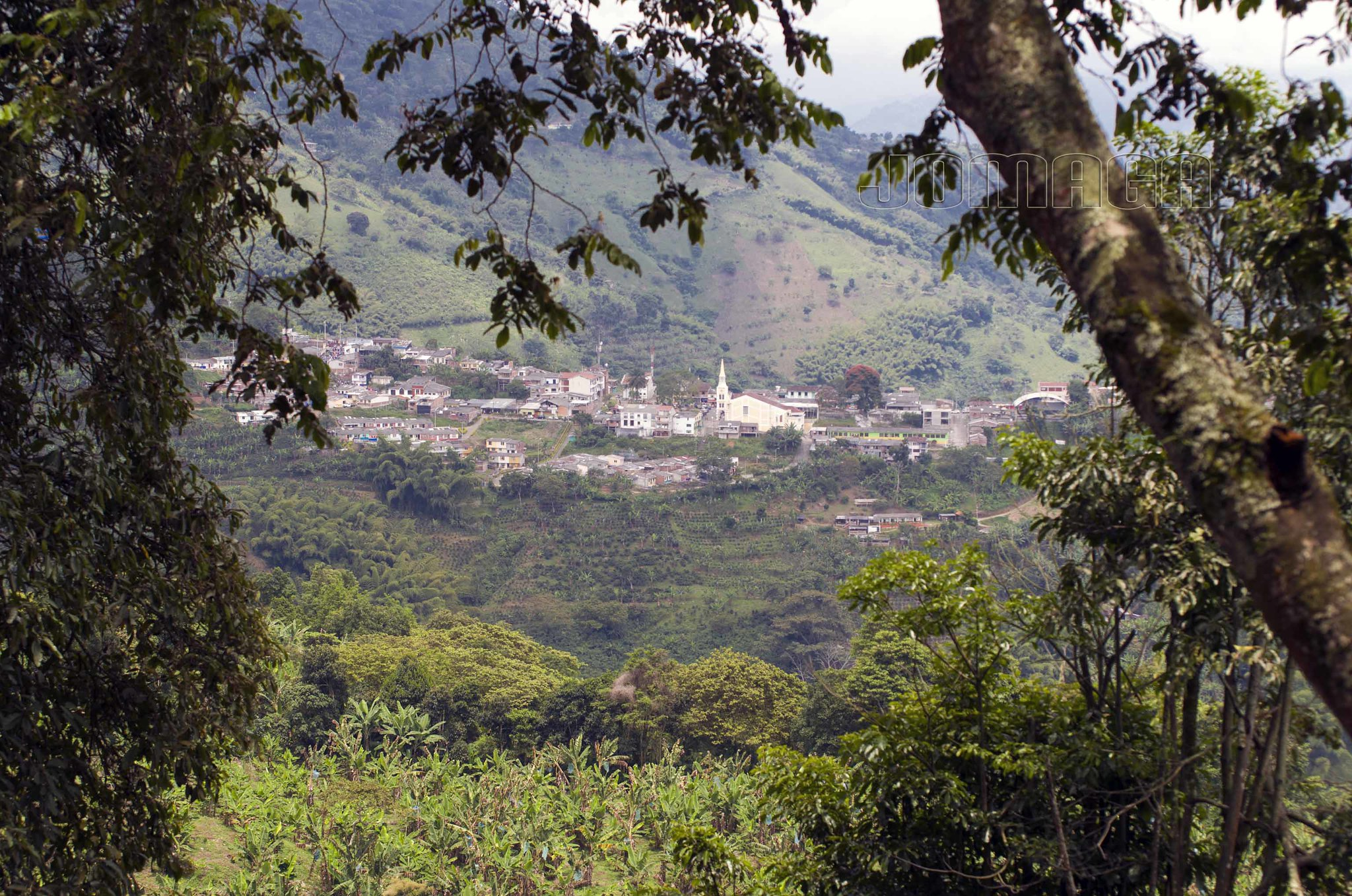 Imagen de Buenavista, Quindio entre las montañas