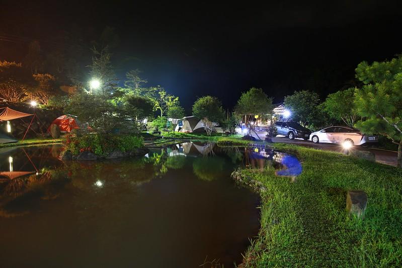 夜晚的羅氏後花園