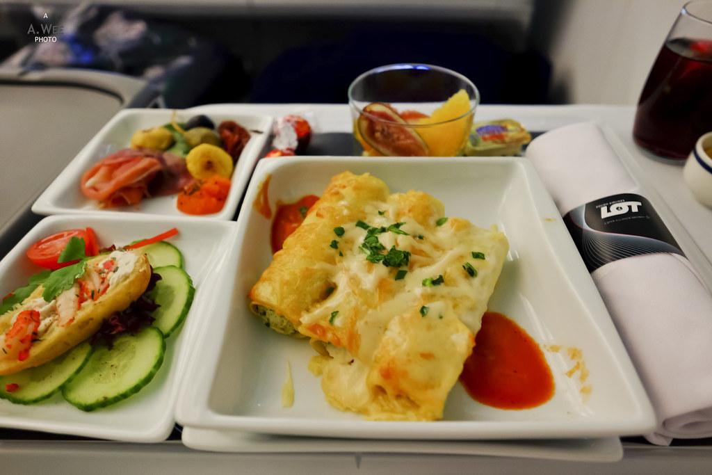 Dinner service before landing