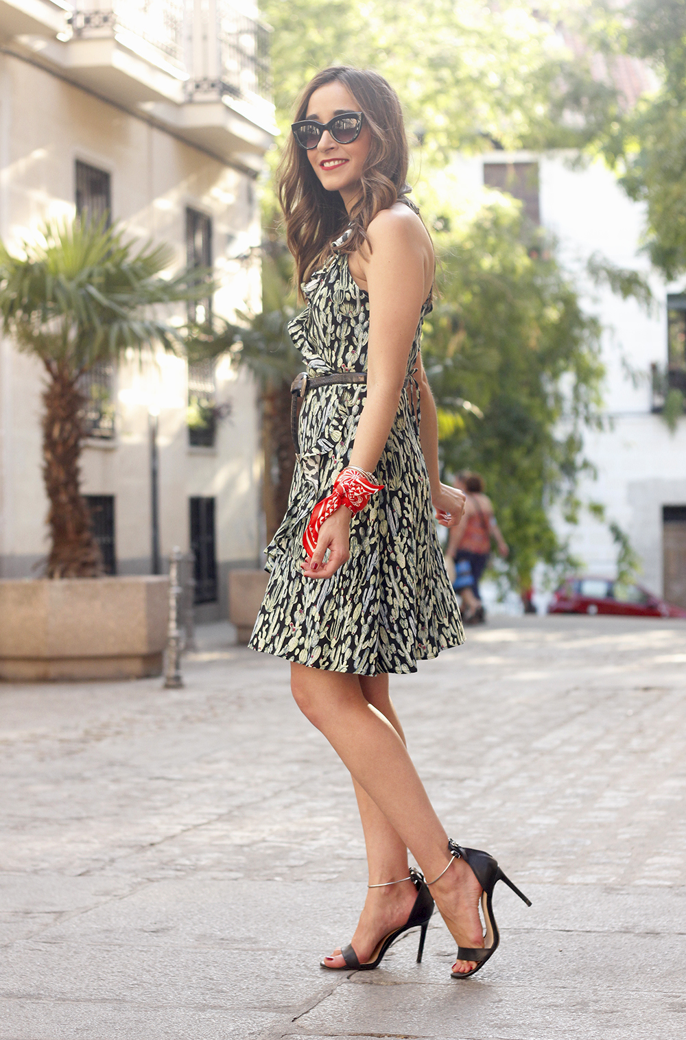summer dress with cactus prints black sandals sunnies outfit style 15