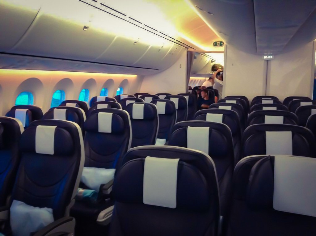 Thomson | Boeing 787 - 8 G-TUIH Mr Patmore interior | Flickr