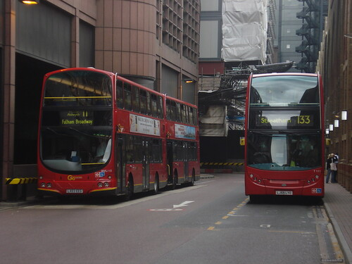 London General WVL115 (Route 11) & Arriva London T111 (Route 133), Liverpool Street
