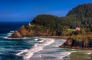 Iconic Heceta Head | by Fresnatic