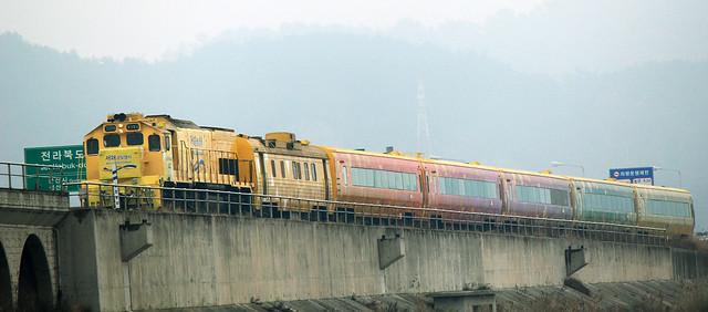West_Gold_Train_11