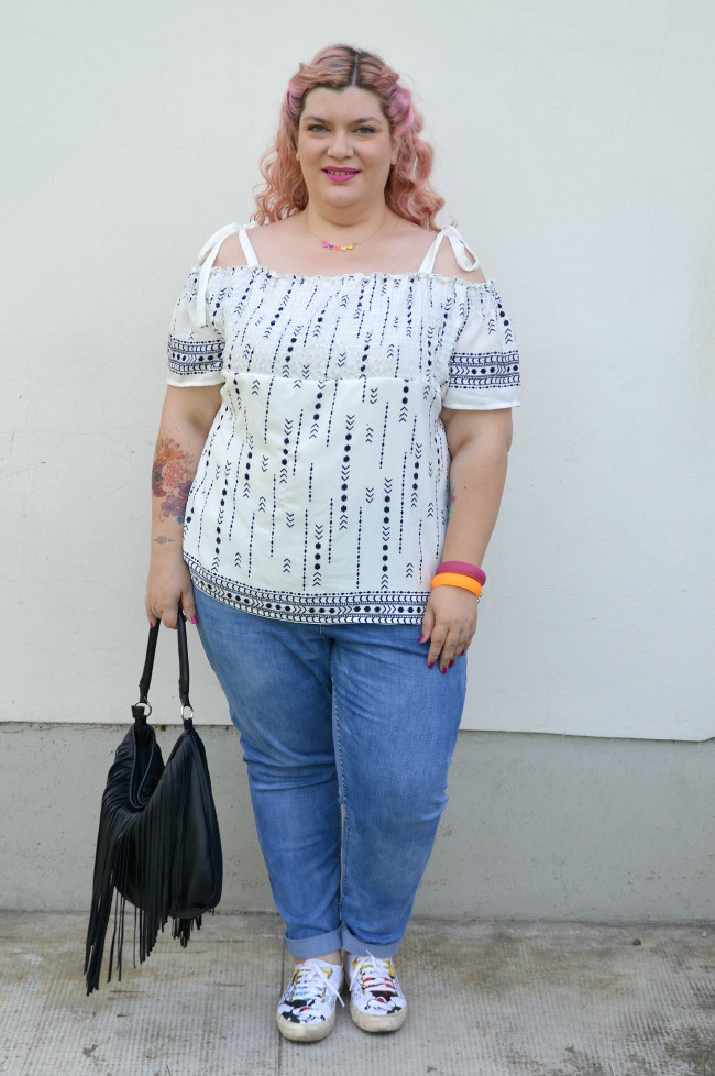 Outfit No comfort zone, bianco e jeans (9)