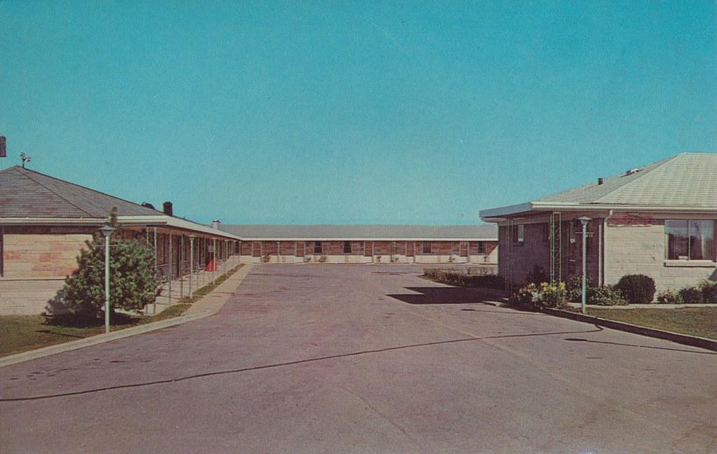 Pine Motel - Indianapolis, Indiana