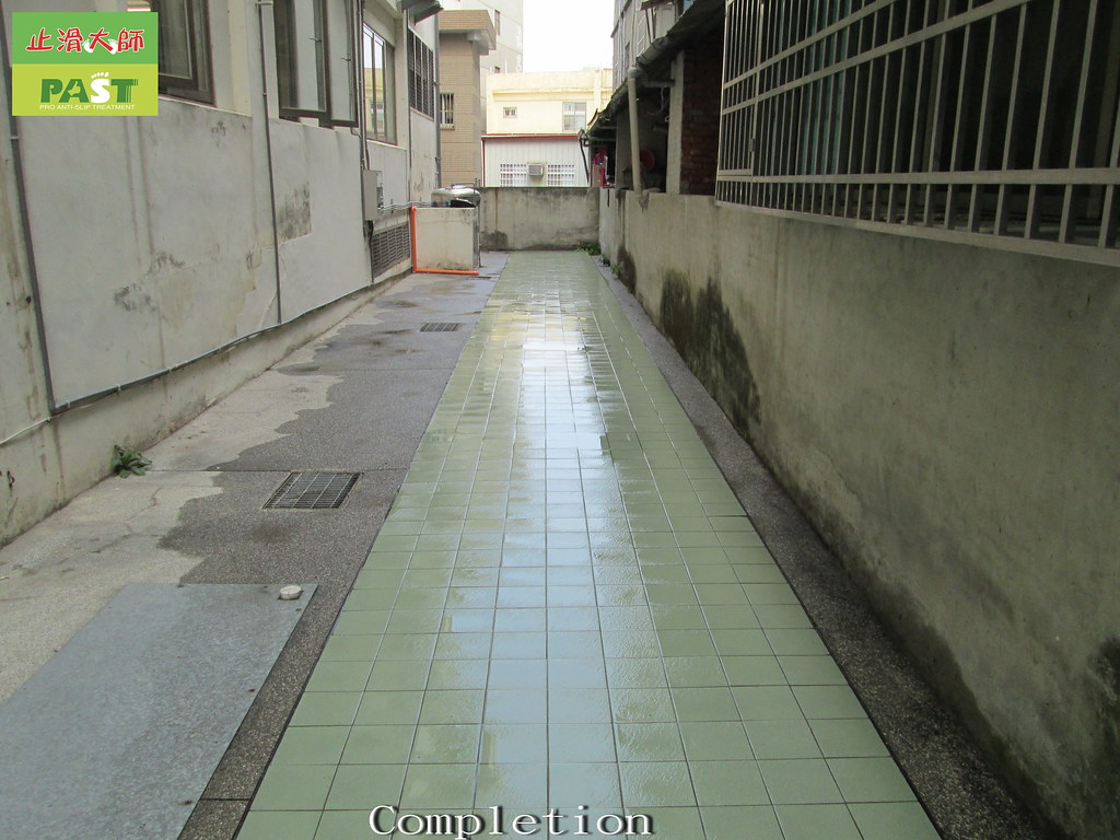 Non slip floor tiles ceramic tile floor slip anti skid t flickr non slip floor tiles ceramic tile floor slip anti skid tile floor dailygadgetfo Images