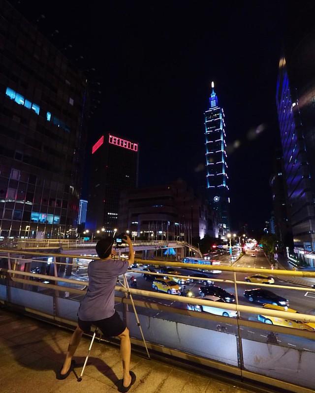 姿勢站的好,大景無煩惱。 #朝聖 #101 #台北101 #Penf #olympus #taipei101