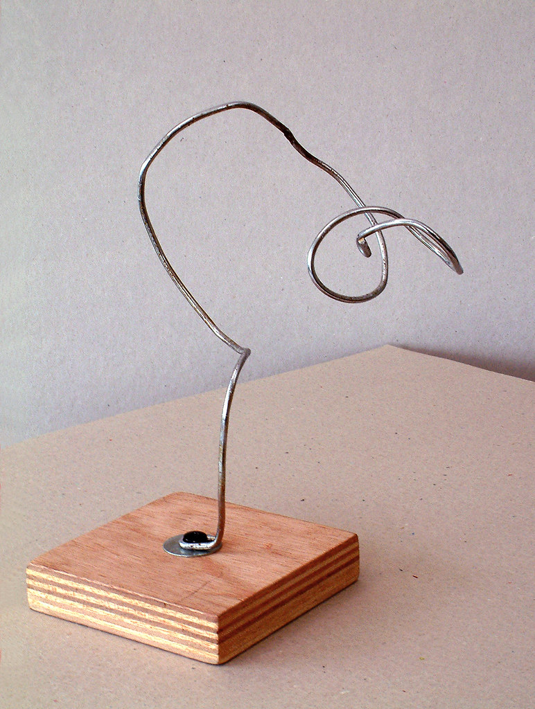 2005 - \'Curling Tree-like\', an abstract organic wire sculp… | Flickr