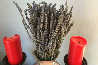 Eat Well Farms - Dried lavenders at home