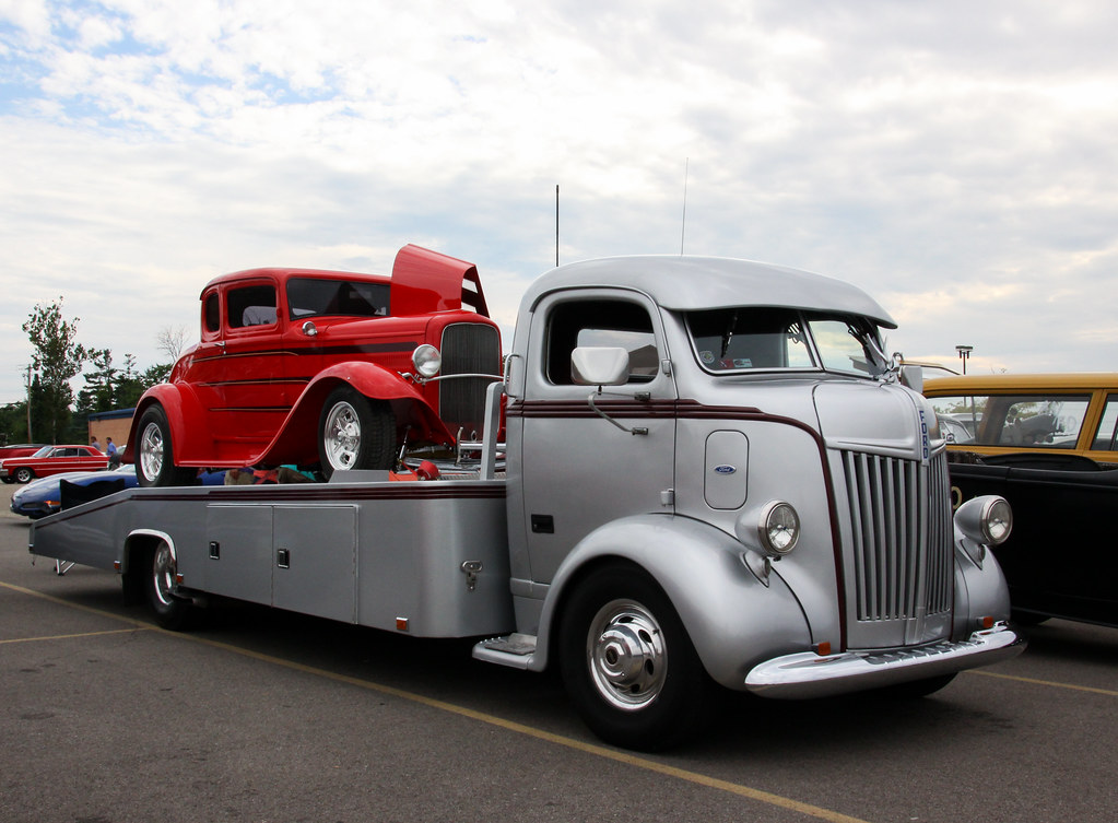 1947 Ford Coe Car Hauler With A 5 Window Ford Deuce Coupe Flickr