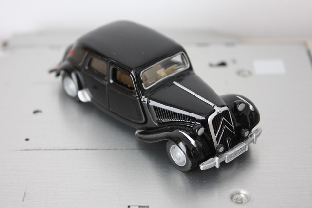 [Siku] Citroën Traction Avant