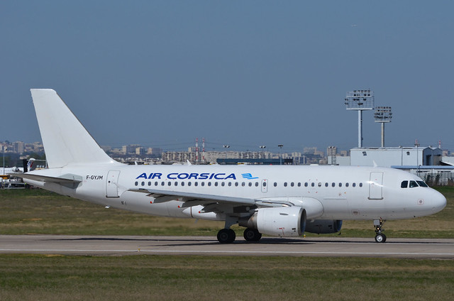 [ORY] AirCorsica Airbus-A319 _ F-GYJM