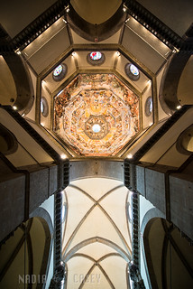 Looking Up At Brunelleschi | by www.caseyhphoto.com