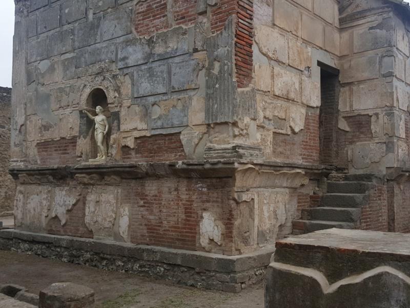 Pompeii Isis temple